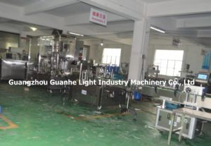 Automatic Liquid Filling Machine with Capping and Labeling pictures & photos