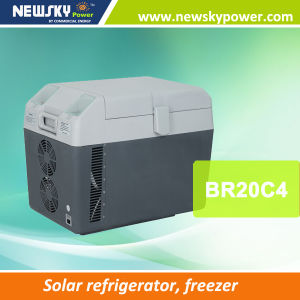 DC 12V Freezer Solar Power Mini Fridge pictures & photos
