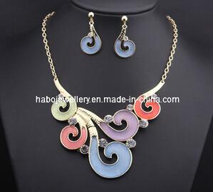 Auspicious Clouds Style Necklace Set/Fashion Jewelry Set (XJW13212) pictures & photos