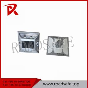 Aluminum Flashing LED Solar Road Marker Cat Eyes Embedded Road Studs pictures & photos