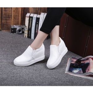 2017 New Fashion Shoes, White Leather Shoes, Women Sneaker, Style No.: Casual Shoes pictures & photos