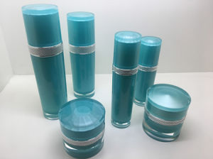 High-Grade Straight Round Acrylic Cosmetic Bottles pictures & photos