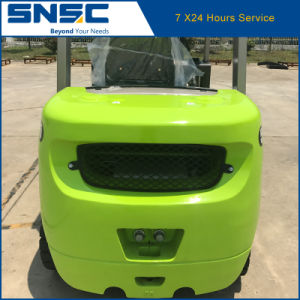 China 2.5ton Diesel Forklift with Tcm Technologie pictures & photos