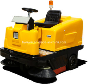 Electric Industrial Ride on Road Sweeper Machine pictures & photos