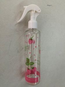 Plastic Printed Spray Bottle for Cleaner pictures & photos