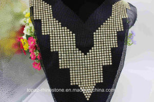 Rhinestone Appliques Sew on Crystal Neckline Motif for Evening Dress (TA-024) pictures & photos