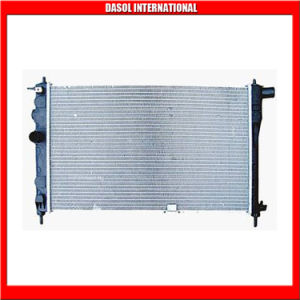 Auto Radiator 96144847 for Daewoo pictures & photos