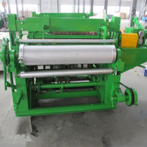 Welded Wire Mesh Machine for Welded Wire Mesh in Roll pictures & photos