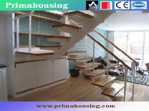 Interior Solid Wood Straight Staircase with Rod Railing pictures & photos