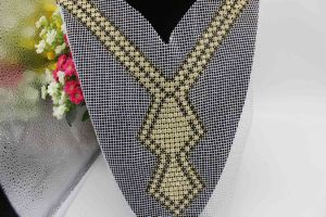 Custom Size Crystal Rhinestone Lace Applique Neckline CZ Necklace for Dress (TA-026) pictures & photos