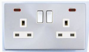 Screwless Range Double Switched Socket with Neon pictures & photos