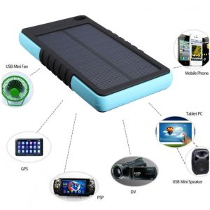 8000mAh Shockproof Dual USB Port Solar Panel Charger pictures & photos