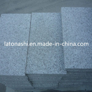 Polished G640 Granite Stone Tile for Kitchen, Flooring, Paving, Decorative pictures & photos