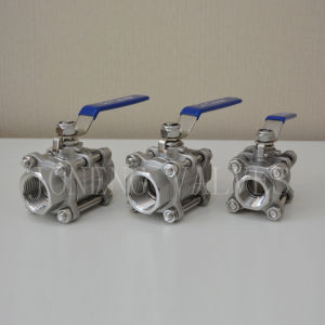 Stainless Steel Sanitary Three-Piece Famaled Manual Ball Valve pictures & photos