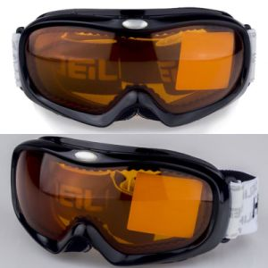 High Quality Good Design Ski Goggle with Lens pictures & photos