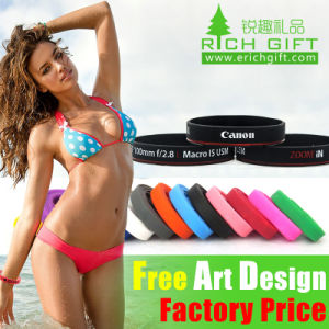 High Quality Camera Lens Custom Silicon Charm Wristband Manufacture pictures & photos