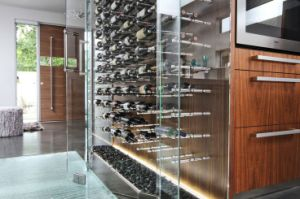 Glass Wine Cellar / Glass Wine Display Showcase pictures & photos