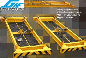 35t Semi-Auto Container Frame Spreader pictures & photos