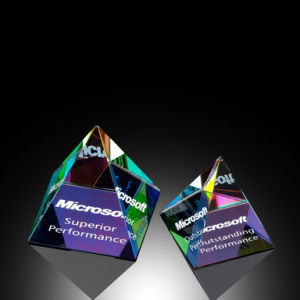 Pharaoh′s Prism Pyramid Paperweight (#50142, #50143, #50144) pictures & photos