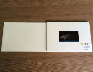 Advanced Custom LCD Screen Video Greeting Cards pictures & photos