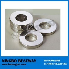 Strong NdFeB Super Permanent N52 Neodymium Ring Magnet pictures & photos