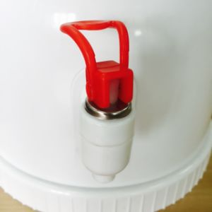 Mini Manual Water Dispenser Without Electricity pictures & photos