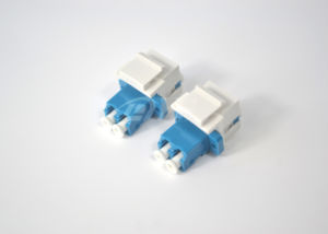 LC Duplex Standard Fiber Optic Adapter pictures & photos