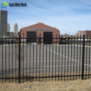 Iron Gate / Metal Fence Gates / Driveway Gates pictures & photos