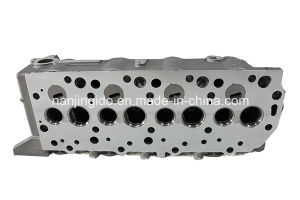 Car Parts Auto Cylinder Head for Mitsubishi Pajero Md185926 pictures & photos