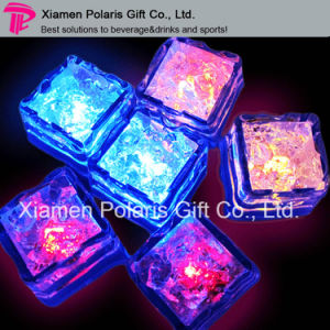 LED Light Flashing Plastic Ice Cube pictures & photos