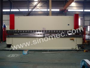 Wc67k-125t/5000 Press Brake Machine / Hydraulic Bending Machine pictures & photos