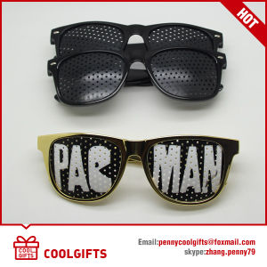 Party Pinhole Sticker Sunglasses with Customized Logo for Christmas Gift pictures & photos