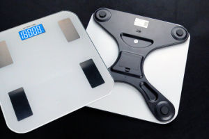 180kg Electronic Body Scale Bluetooth Bathroom Fat Scales pictures & photos