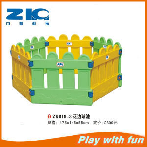 High Quality Indoor Playground Safety Fence for Children pictures & photos