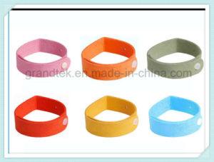 Eco-Friendly Micro Fiber Mosquito Repellent Bracelet Citronella Wristband pictures & photos
