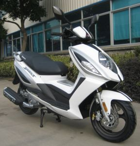 125cc-150 Cc Scooter with EEC pictures & photos