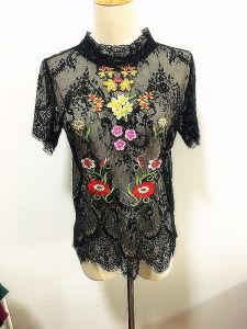 Women Fashion Clothing Sexy Emb Lace High Neck Lady Tops pictures & photos