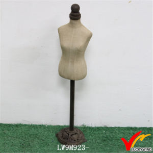 Metal Stand Custom Made Posing Vintage Female Mannequin pictures & photos