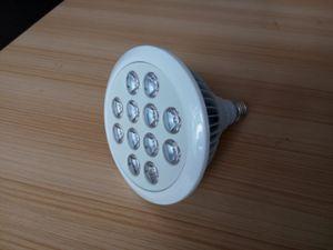 12W High Efficiency Hydroponics LED Lamp Bulb E27 Plant Grow Light pictures & photos
