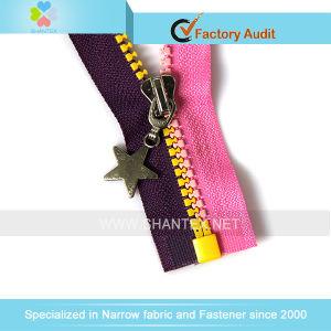 No. 5 Plastic Zipper Bicolor Open End. pictures & photos