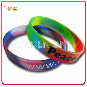 Custom Design Silk Screen Printed Rubber Wristband pictures & photos