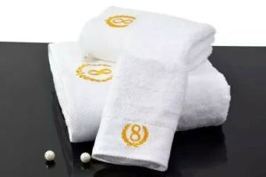 Face Towel Bath Towel pictures & photos