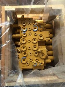 Cat Hydrauluc Steel Multi-Way Control Valve for Excavator (CAT315D)