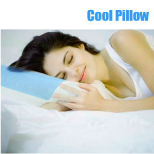 Gel Half Moon Half Cylinder Memory Foam Pillow pictures & photos