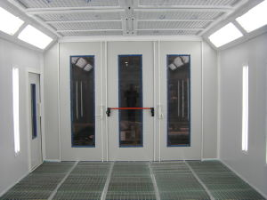 Car Spray Painting Booth with Energy Saving System pictures & photos