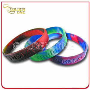 High Quality Customized Camouflage Concave Logo Silicone Rubber Wristband pictures & photos