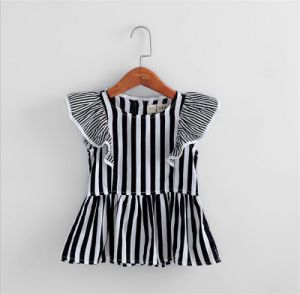 Girls Striped Short-Sleeved T-Shirt Wholesale 2015 Summer New Children′s Clothing pictures & photos