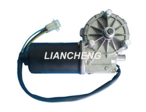 Ce Approved Wiper Motor for Benz (LC-ZD1028) pictures & photos