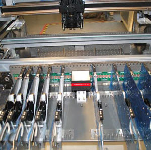 0201 High Speed Chip Mounter T4 pictures & photos