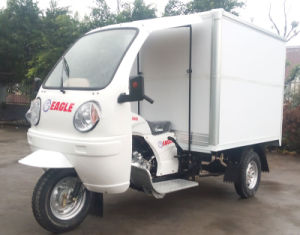 AA Three Wheel Gasoline Cabin Tricycle pictures & photos